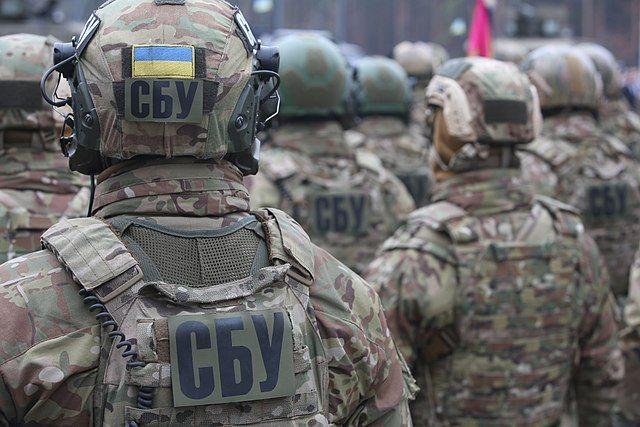 СБУ проводит обыск у наместника Киево-Печерской лавры