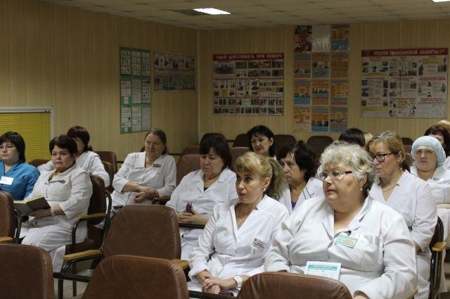 Московские врачи. Новый статус получили врачи скорой и детские хирурги