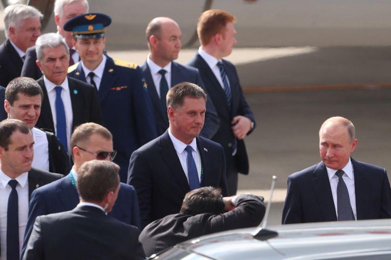 Президент Путин в аэропорту Буэнос-Айреса.