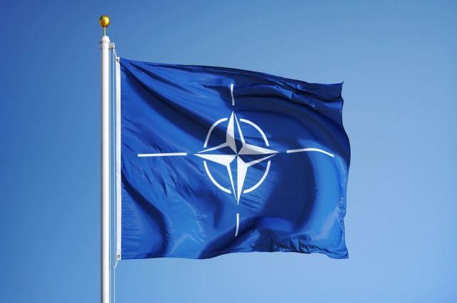 Минобороны: НАТО стягивает войска у границ РФ, прикрываясь учениями
