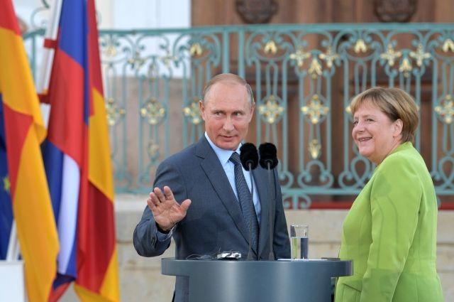 Путин кратко пообщался с Меркель на полях G20