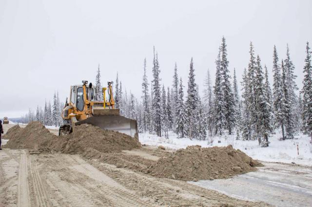 В Новом Уренгое обсудили инвестпроекты по строительству дорог