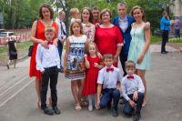 Татьяна и Василий Коноваленковы сразу знали, что у них будет большая семья.