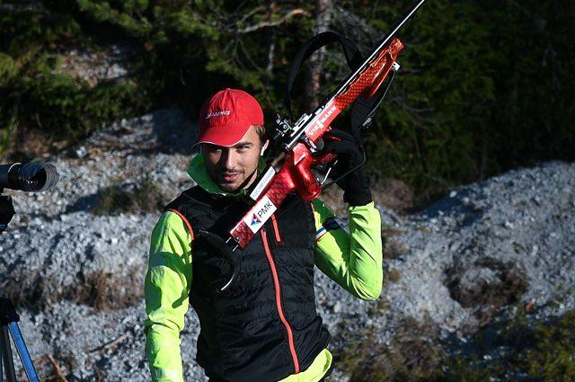 Антон Шипулин во время тренировочного сбора.