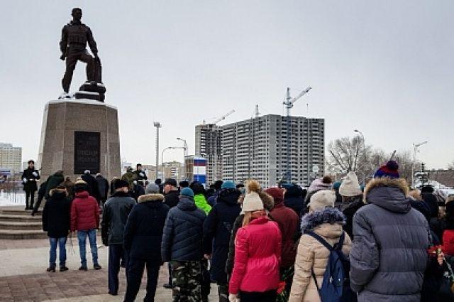 Оренбуржцы почтили память неизвестных солдат