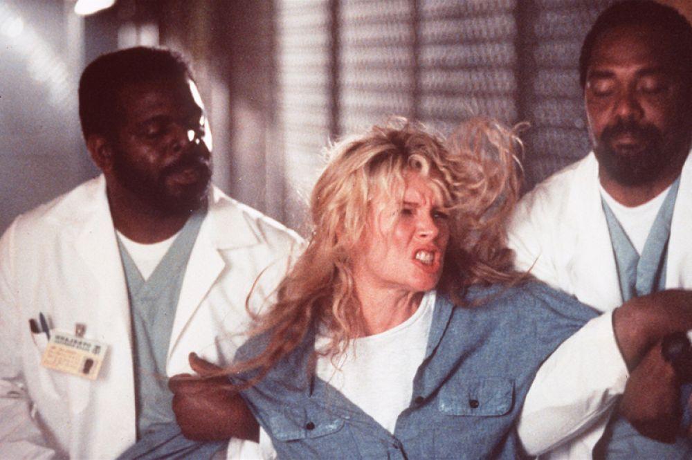 За роль в психологическом триллере «Окончательный анализ» (1992) Бейсингер была номинирована на MTV Movie Award как «самая желанная женщина».