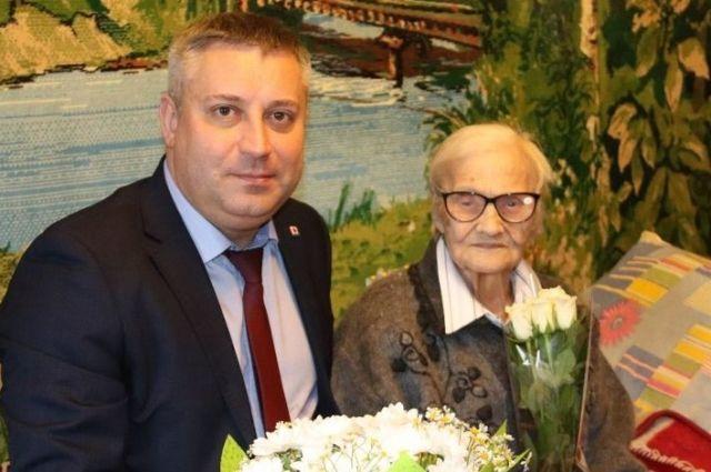 Екатерина Кацепуд и глава Северодвинска Игорь Скубенко.