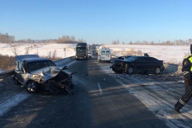 Массовое ДТП произошло на трассе в Новосибирской области