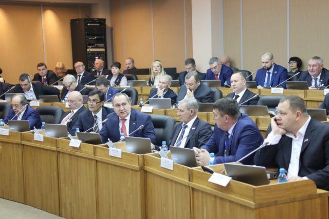 Социальные проблемы - важная часть работы депутатов края.