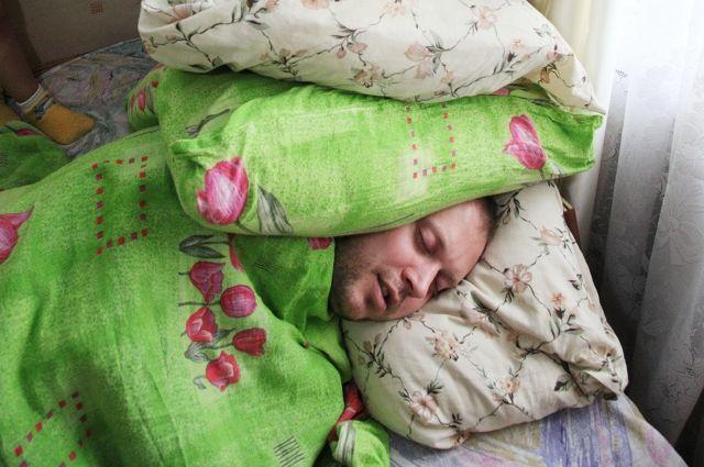 Охранительная функция – одна из основных функций сновидений. Другими словами, они помогают нам высыпаться, чтобы с утра быть бодрыми.