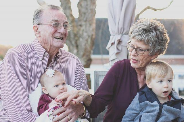 Отношение к старости можно выбрать: либо это очередной этап, наполненный новыми планами и делами, либо доживание.