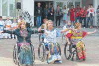 На официальные торжества «Властелинов колёс» приглашают, а вот решать их каждодневные проблемы, похоже, никто не собирается.