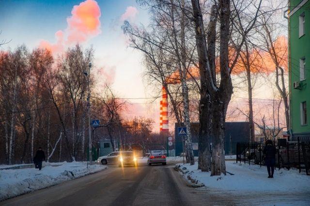 В Новосибирск пришла настоящая морозная зима.