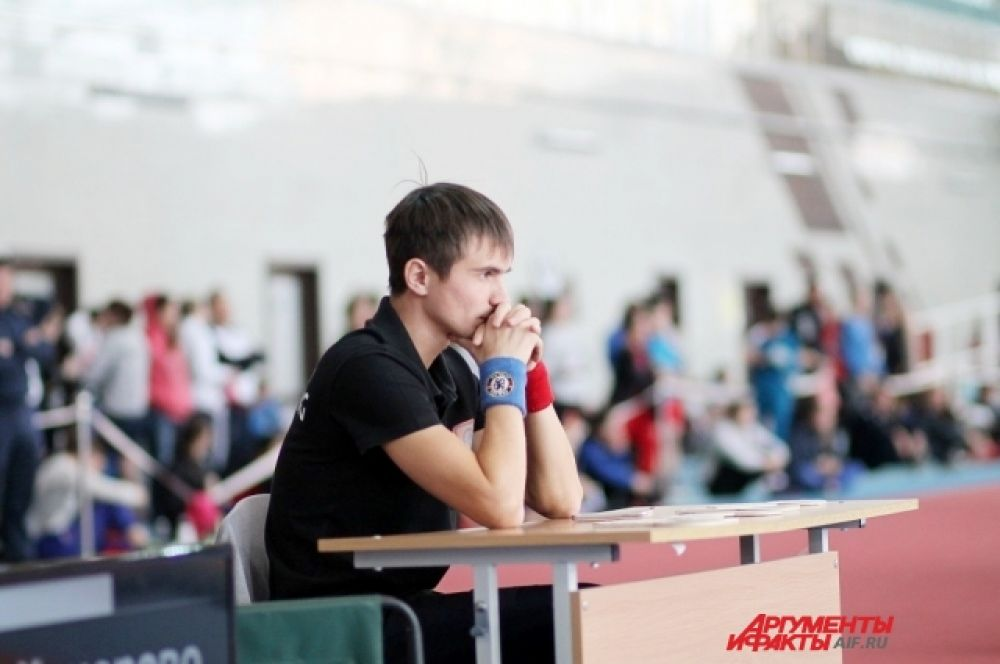 Участие в турнире приняли сильнейшие спортсменки из Санкт-Петербурга, Кемеровской, Иркутской и Новосибирской областей, Красноярского края, республик Бурятия и Тува.