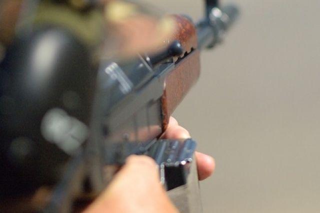 Мэра Называевска Виктора Лупиноса подозревают в незаконном обороте оружия