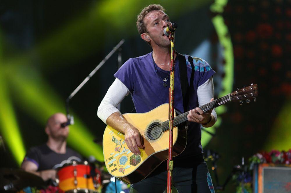 Второе место заняла группа Coldplay, заработавшая $115 млн. Доход музыкантам обеспечил их тур A Head Full Of Dreams.