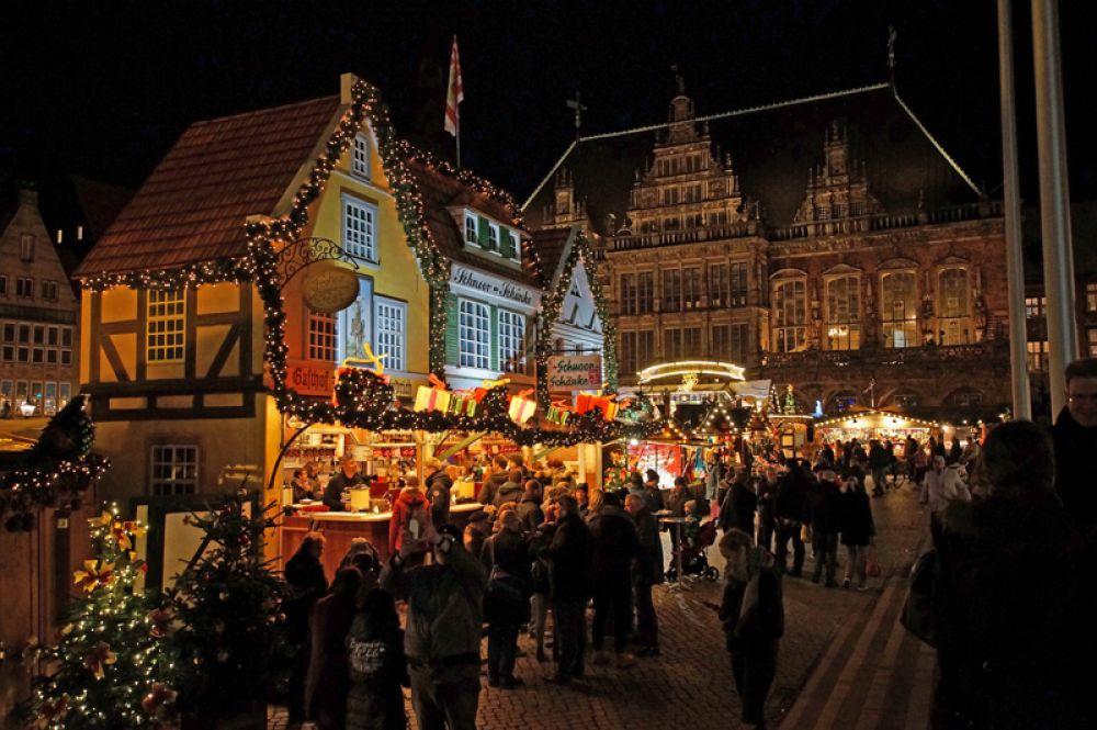 Традиционный рождественский рынок в Бремене.
