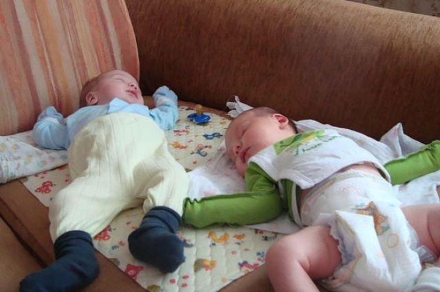 В Тюмени стало на 1 тысячу 46 малышей больше