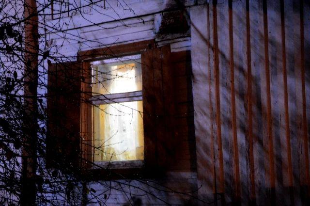 В Новосергиевском районе комиссия посетила малообеспеченные семьи.