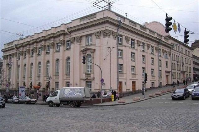 В Киеве произошел пожар в Театре имени Леси Украинки