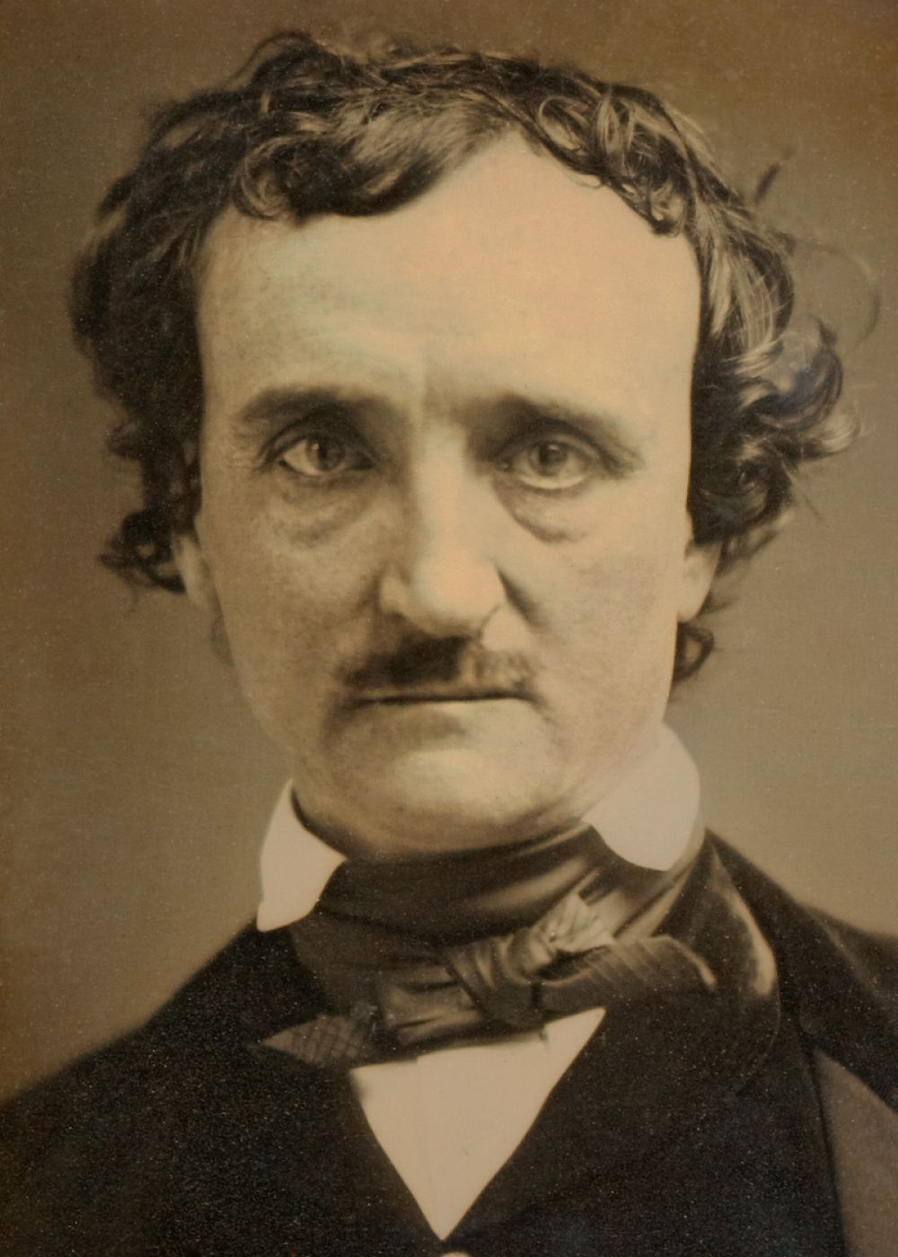 Дагерротип писателя Эдгара Аллана По, сделанный за 4 месяца до смерти, 1849 год.