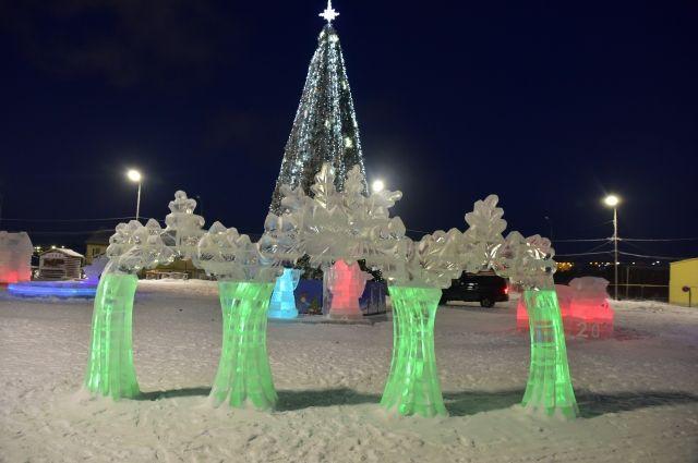В Тазовском открыли ледовый городок