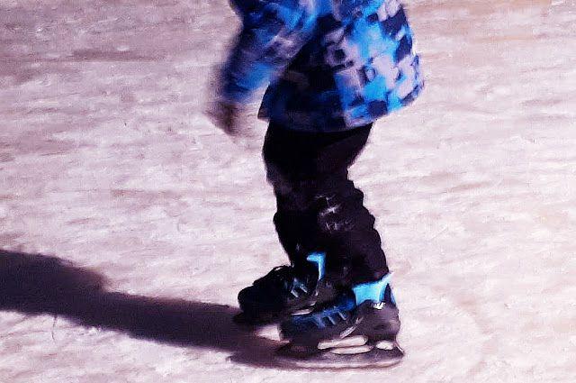В хоккейном корте Увата подключат морозильную установку