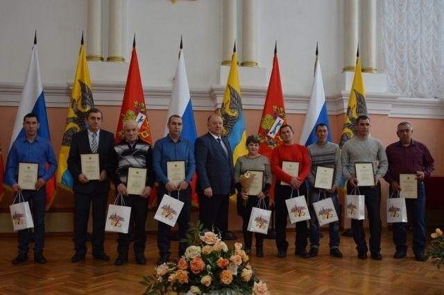 По итогам сезона работники сельского хозяйства удостоены  наград.