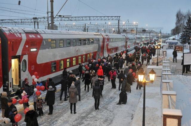 Новые поезда состоят из 14 купейных вагонов.