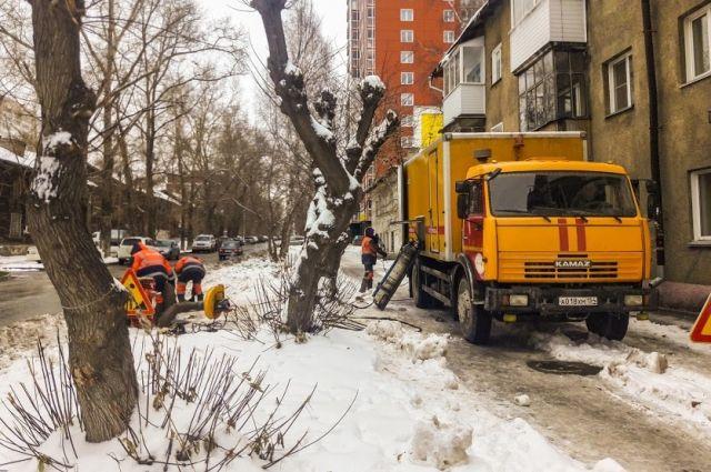 В Новосибирске произошло несколько аварий на теплотрассах.