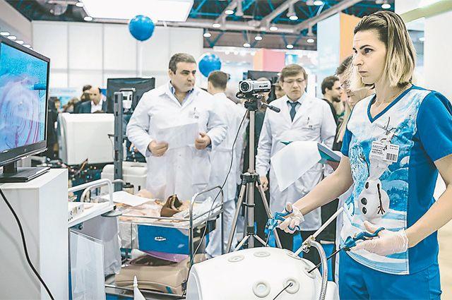 На таких муляжах можно попробовать провести реанимацию и даже сделать эндоскопическую операцию.