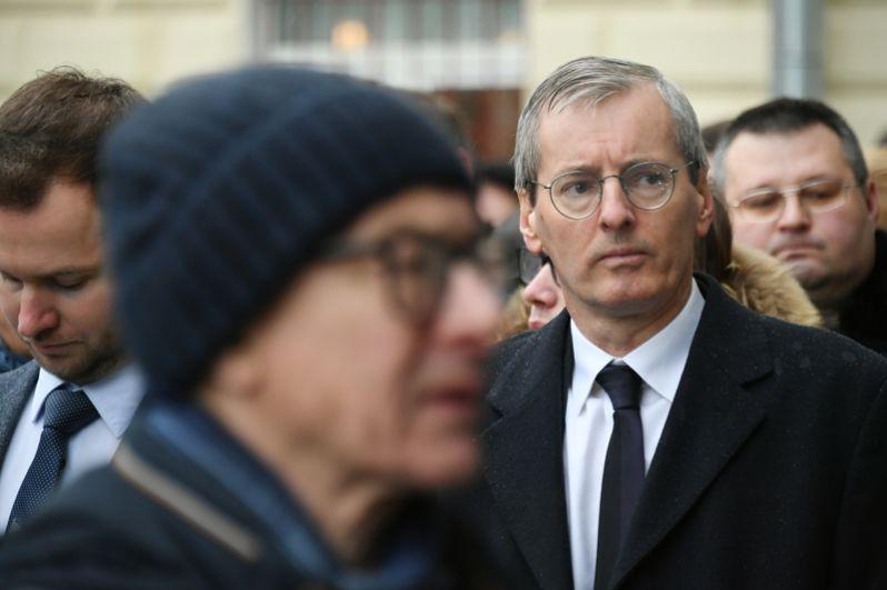 Чрезвычайный и полномочный посол Великобритании в России Лоуренс Стенли Чарльз Бристоу.
