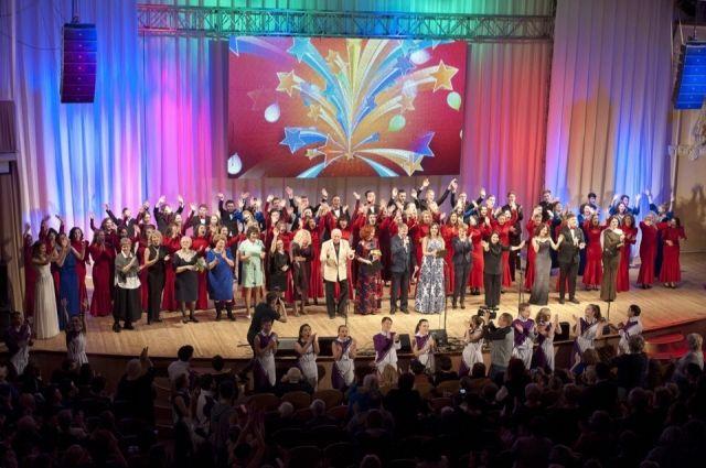 Оренбургский колледж культуры и искусств отметил 70-тие концертом