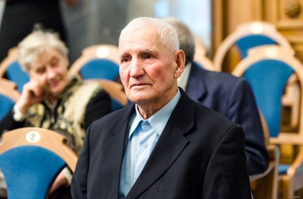 Василий Мефодьевич Нечиталюк – читатель «АиФ» со стажем.
