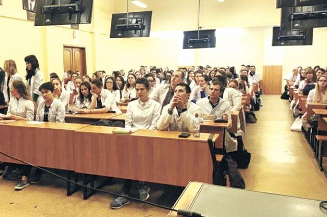Кировским студентам-медикам рассказали о плюсах работы в городах КУБа.