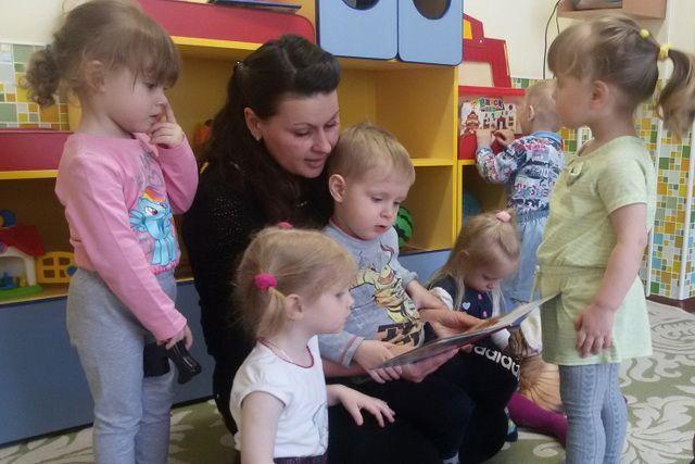 Малыши окружены заботой и вниманием.