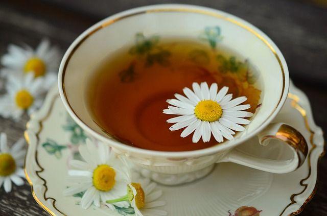 Квартирант оказался ценителем чая и музыки.