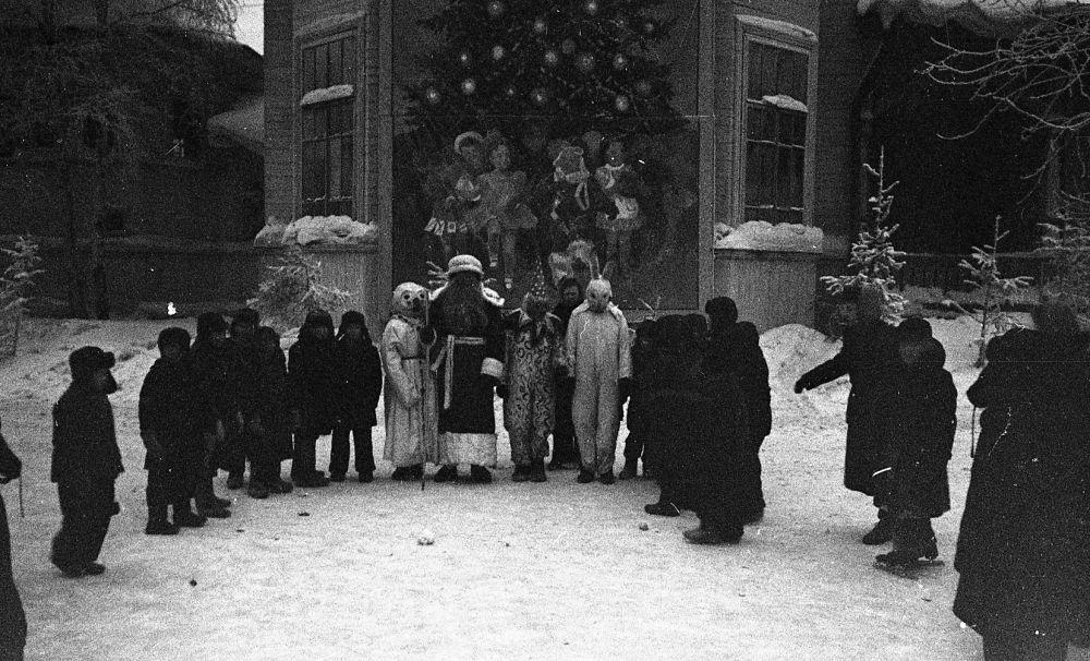 Новогодний утренник в городском саду им. Горького, декабрь 1956 г.