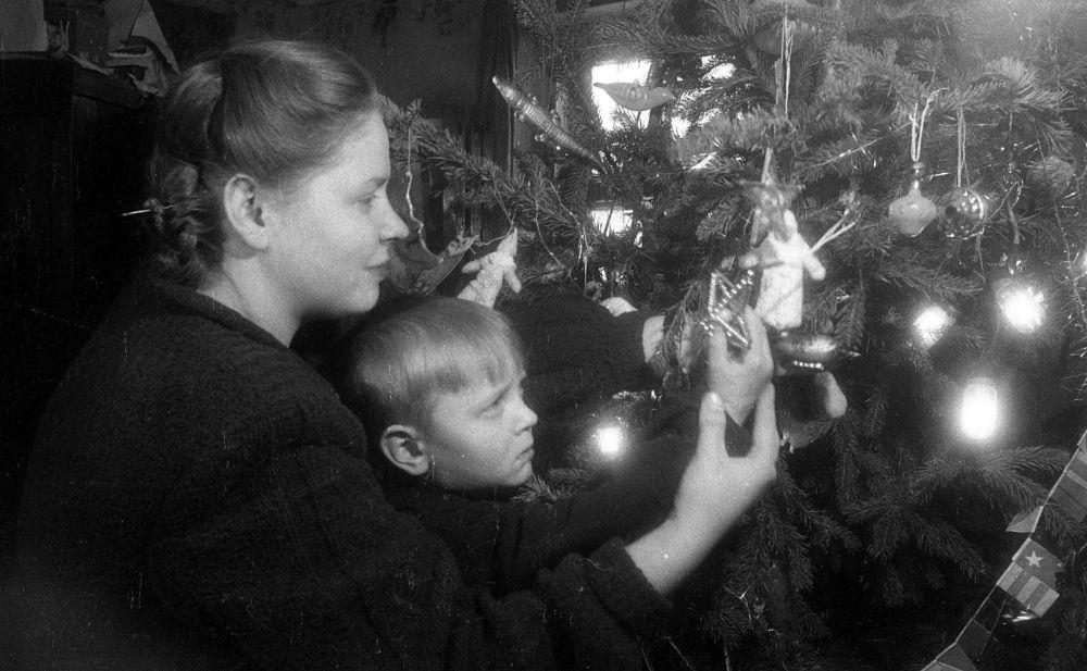 Новогодний вечер в типографии № 1, декабрь 1948 г.