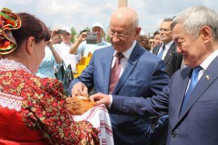 Дни Оренбуржья в Актюбинской области получили широкий отклик среди актюбинцев и высокую оценку акима области Бердыбека Сапарбаева.