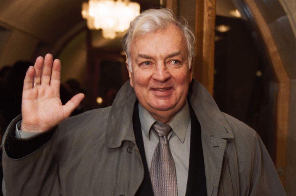 10 января не стало старейшего актера Театра Сатиры, народного артиста России Михаила Державина. Ему был 81 год.