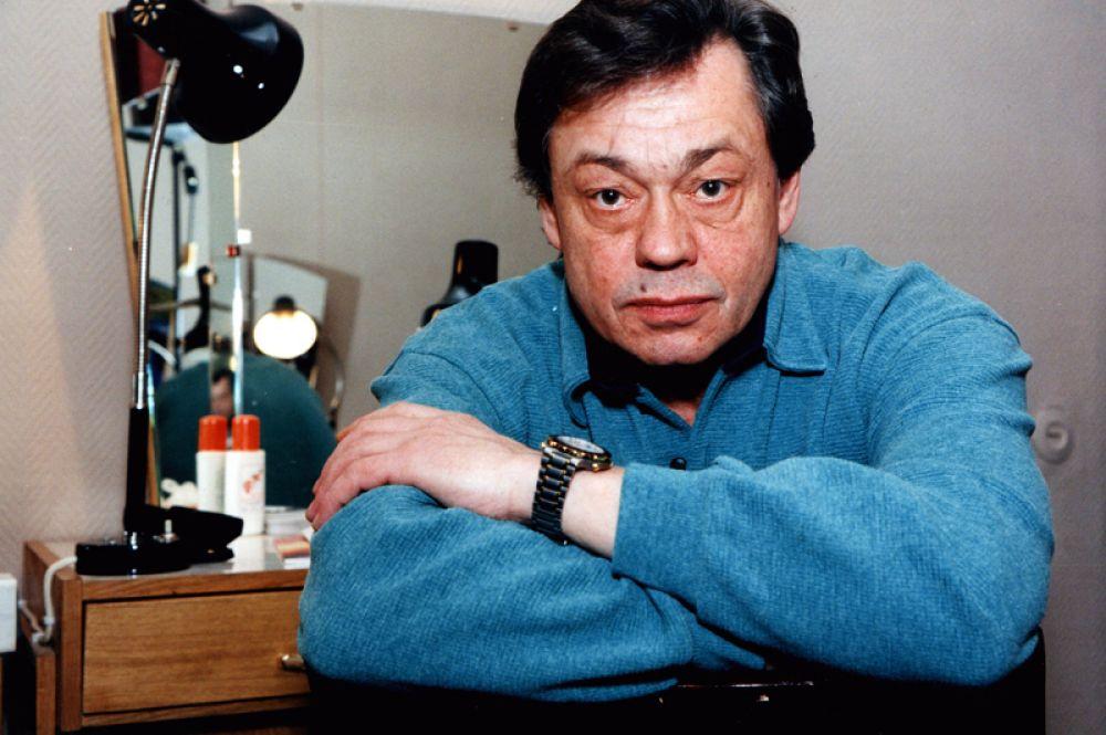 26 октября в Москве в возрасте 73 лет умер народный артист России Николай Караченцов, не дожив один день до своего 74-летия.