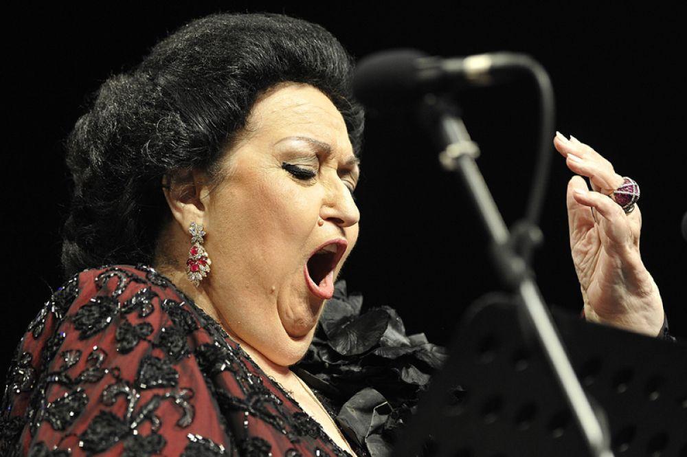 6 октября на 86 году жизни скончалась всемирно известная испанская оперная певица Монсеррат Кабалье.