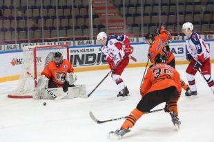 Тюменские хоккеисты одержали победу