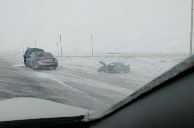 МЧС предупреждает о неблагоприятных погодных условиях в Оренбургской области.