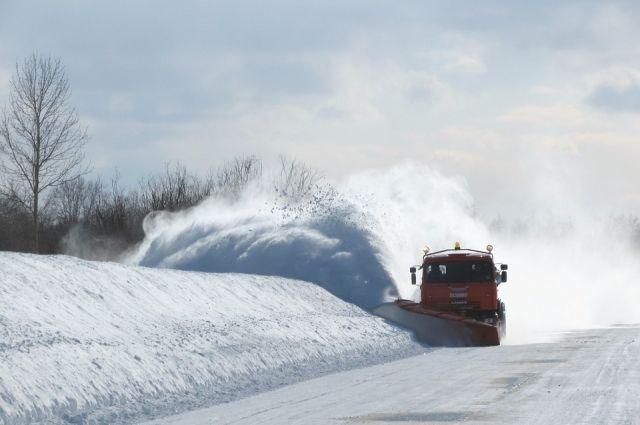 МЧС: в Оренбуржье на выходных  будут метель, ветер и гололед