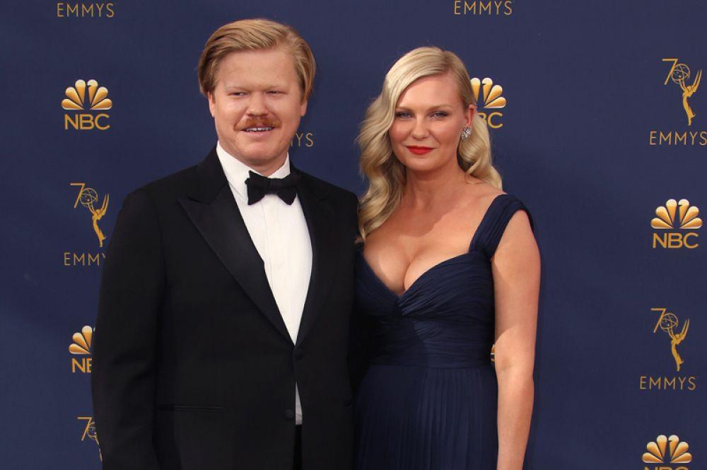 Голливудская актриса Кирстен Данст родила сына от своего жениха, актера Джесси Племонса. Мальчика назвали Эннис Ховард.