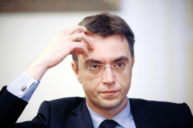 Омелян подал в правительство предложение об отмене всех поездов в Россию