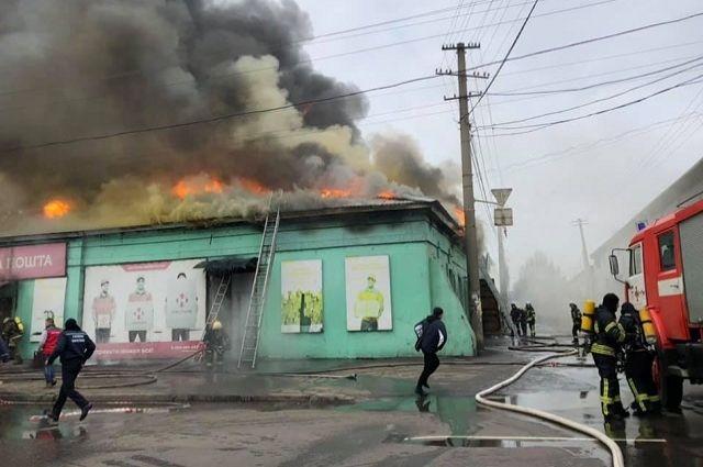 В Одессе вспыхнул большой пожар на «Новой почте»