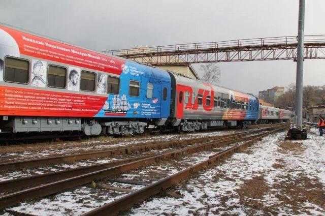 Россия прекратила железнодорожные перевозки через Украину